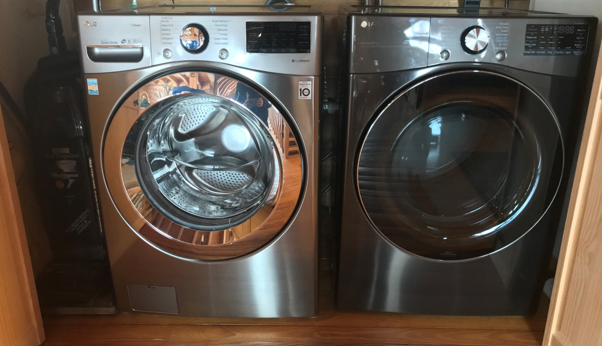 Full size Washer and Dryer upstairs